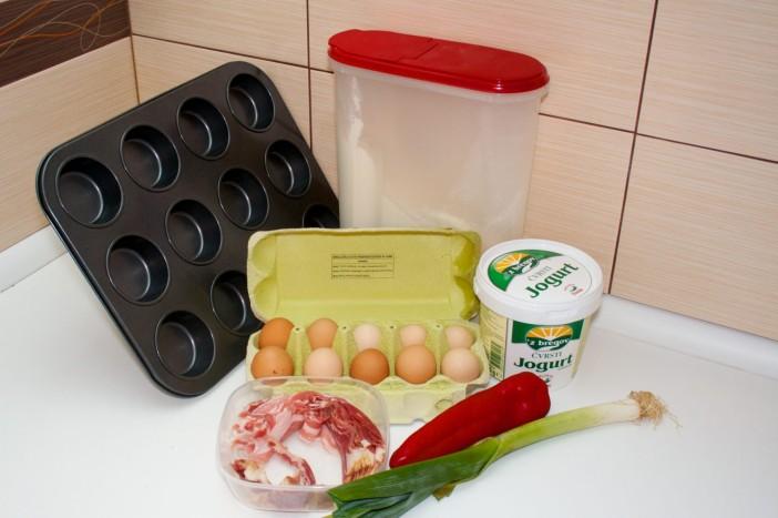 Košarice od špeka punjenje jajima