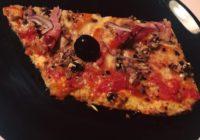 pizza s tijestom od cvjetače