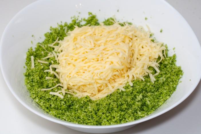 Pohane okruglice od brokule sira i luka 3