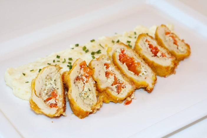 Punjena pileća prsta s Pestom svjezim sirom i cherry rajcicama 9