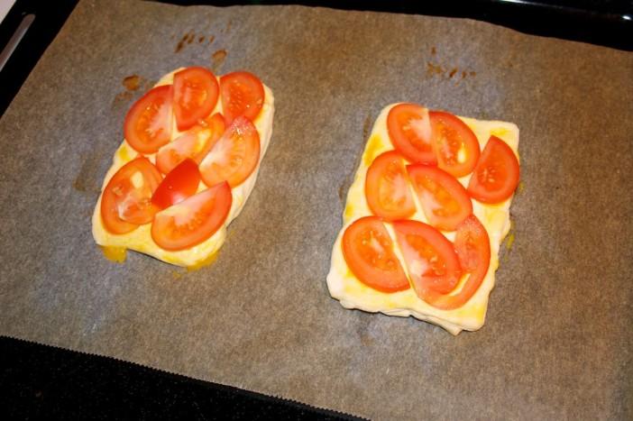Šparoge na lisnatom tijestu s rajčicom 3