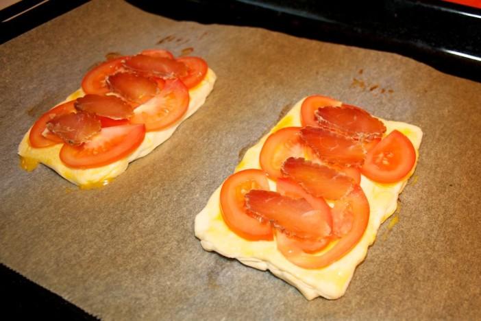 Šparoge na lisnatom tijestu s rajčicom 4