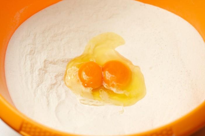 Pogaca s feta sirom, susenom rajcicom i spinatom 3