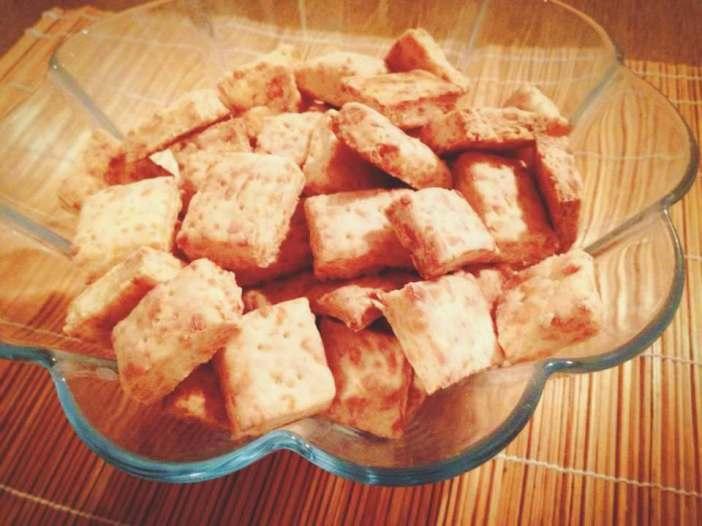 jednostavni sirni krekeri