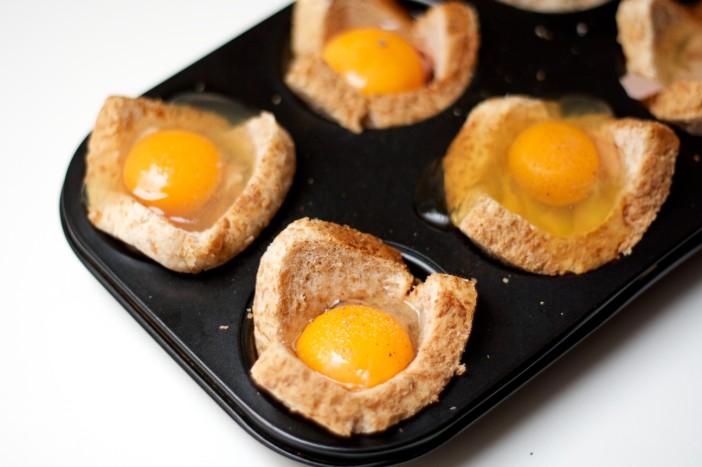 Tost muffini punjeni mortadellom i jajima 6