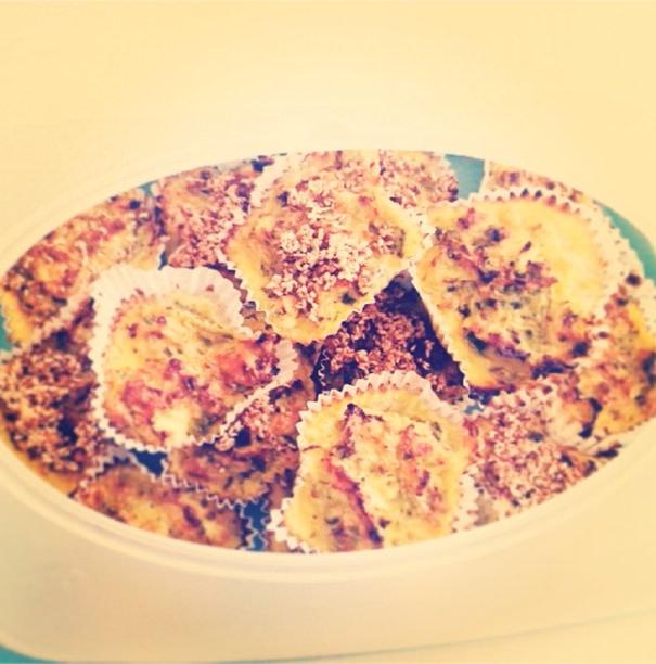 Muffini od kelja i sira