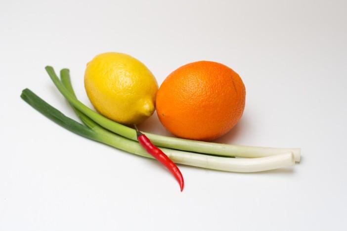 Prokulice na salatu sa špekom i ljutim dresingom od naranče i limuna 1