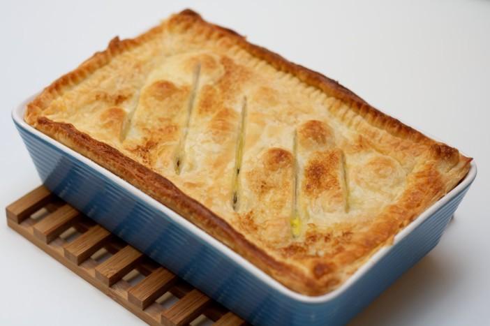 Pita punjena mortadelom špinatom sirom lukom i maslinama 13