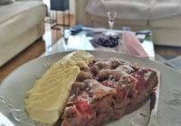 kakao kolač s jagodama