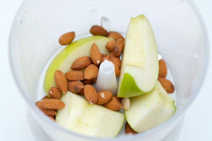 Punjena junetina s bademima i jabukama na pireu od brokule 1