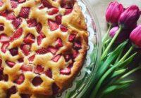recept za kolač s jagodama i čokoladom
