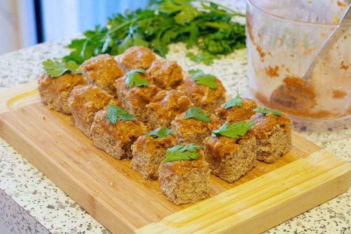 Tajlandski tost s mljevenom svinjetinom i susenim marelicama 6