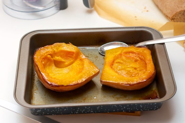 Krema od butternut tikve na kruhu sa sjemenkama bundeve darkova web kuharica 4