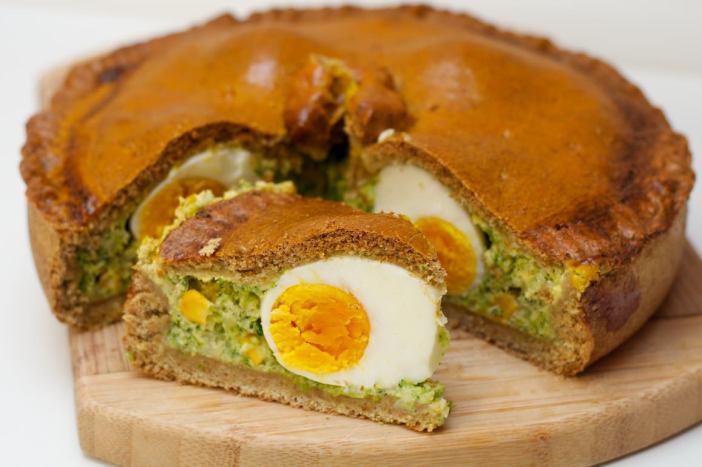 Integralna pita punjena brokulom kukuruzom i jajima 14