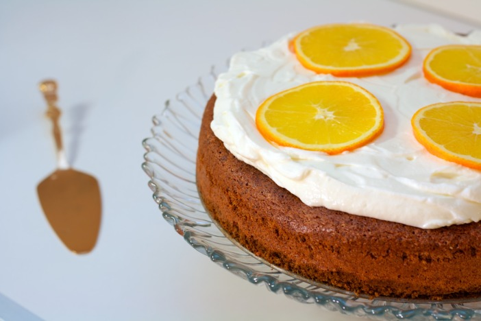 Bozicna biskvit torta od oraha i narance Darkova web kuharica 11