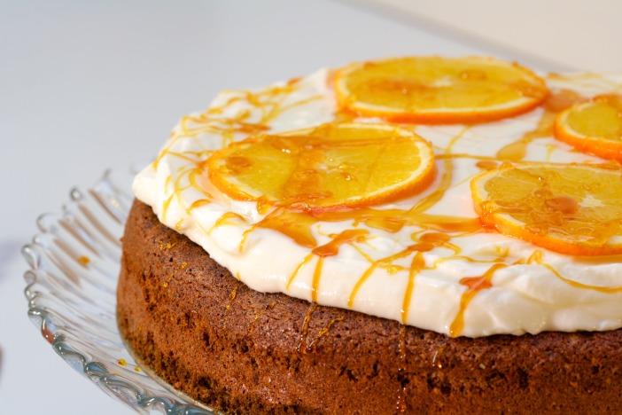 Bozicna biskvit torta od oraha i narance Darkova web kuharica 13