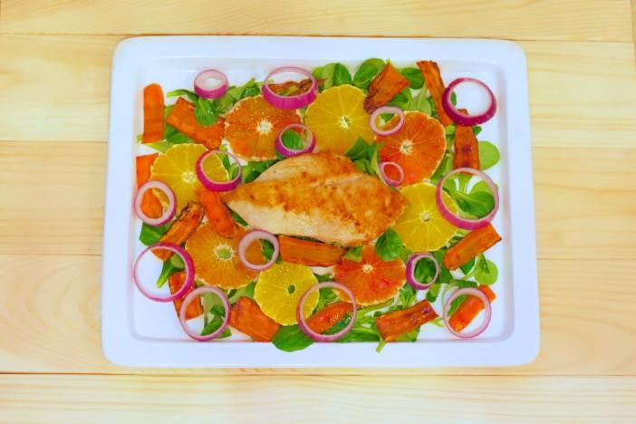 Salata s piletinom i crvenom narancom darkova web kuharica 1