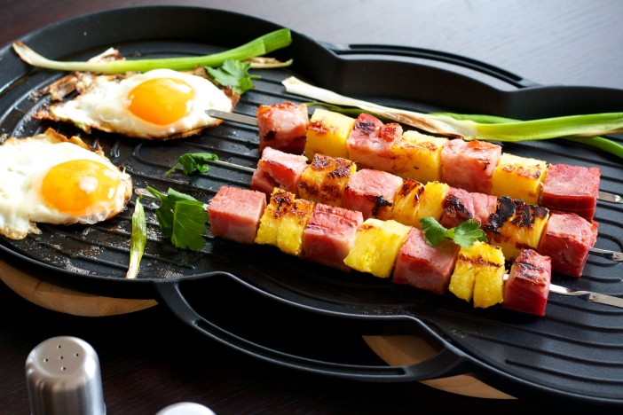 raznjici sa sunkom i ananasom za dorucak uz jaja darkova web kuharica 10