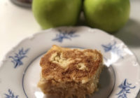 kolač gris i jabuke