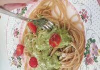 špageti s brzim pesto umakom recept