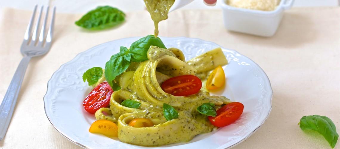 tjestenina široki rezanci s domaćim Pesto umakom od Dukat brzo i fino vrhnja
