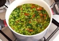 pikant zelena juha od špinata graška i jalapeno paprika darkova web kuharica
