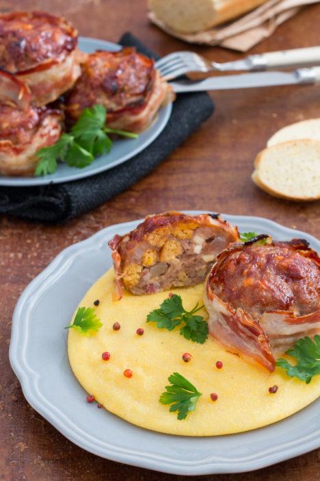 gurmanska mesna štruca omotana slaninom