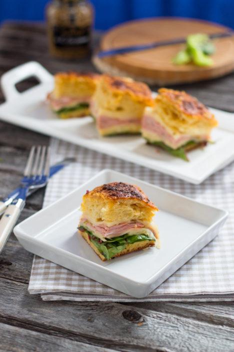 brzi topli sendviči iz jednog komada kruha
