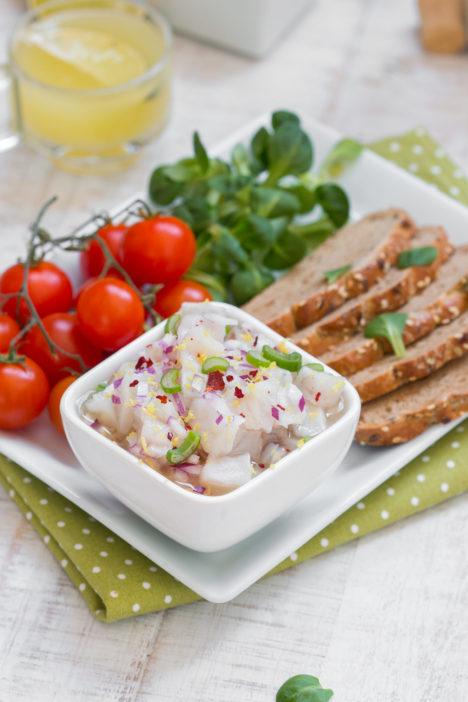 Ceviche recept za Hama ribu u limunskoj marinadi s lukom