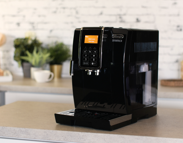 DeLonghi Dinamica aparat za kavu