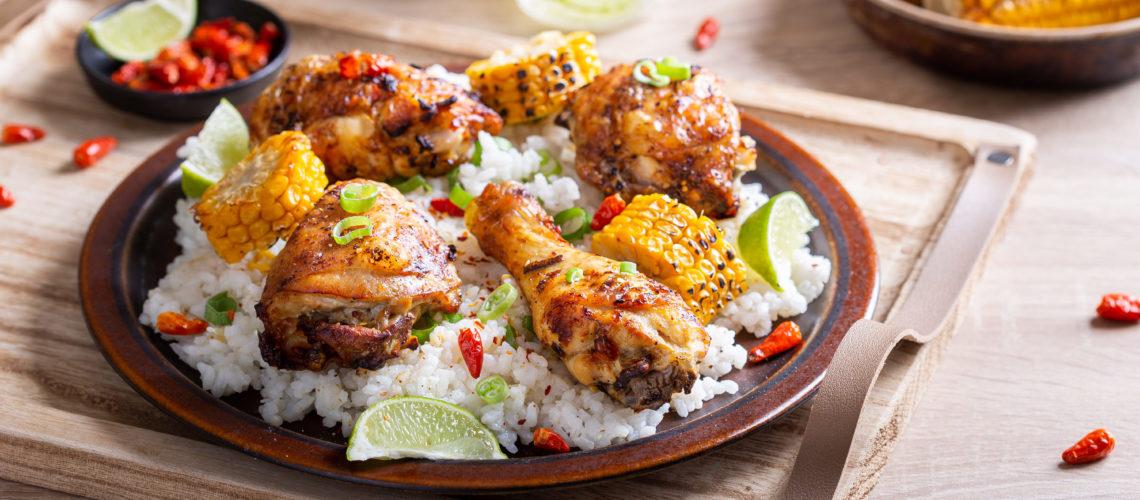 Nando's PERi-PERi piletina s rižom i kukuruzom