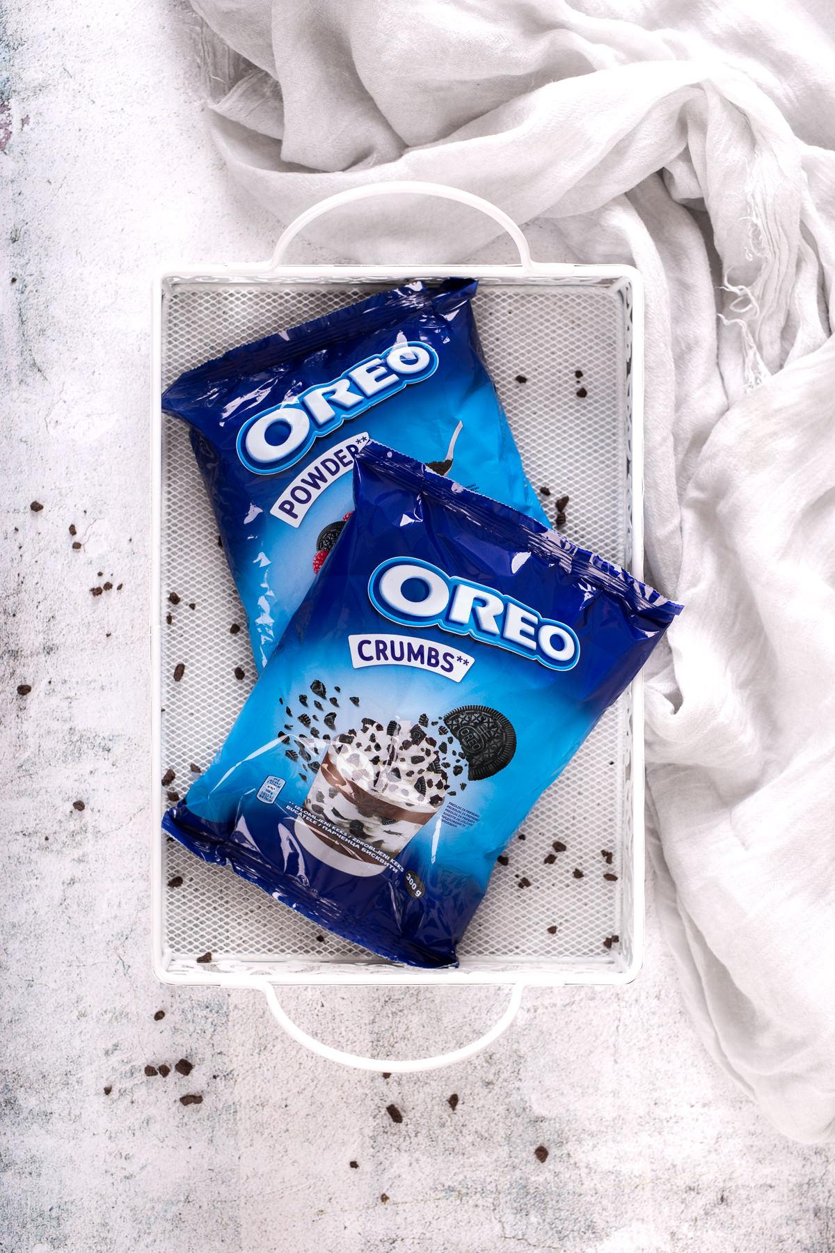 Oreo crumbs i Oreo powder