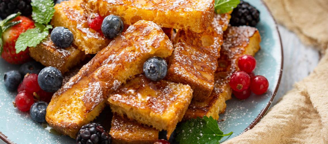 Slatki francuski tost s medom i voćem recept